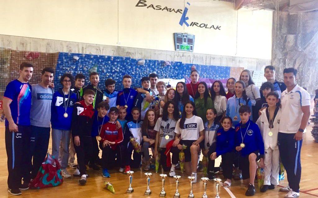 Excelentes resultados para a selección galega cadete no Open de Basauri